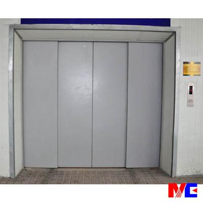 电梯可提供国内多年经验的一体钢结构式井道,外封优质双面夹心彩钢板